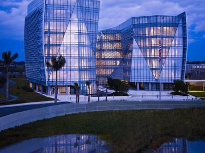 Штаб-квартира ФБР от архитектурного бюро Krueck + Sexton