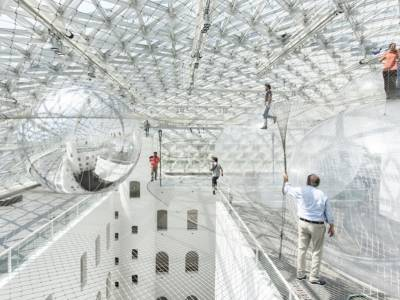 Воздушная инсталляция архитектора Томаса Сарацино(Tomas Saraceno)