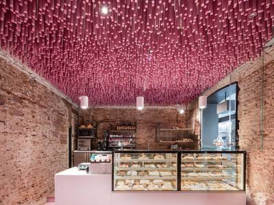 Впечатляющий интерьер кондитерской Мадрида
