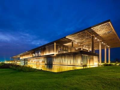 Tabanlioglu Architects отчиталась о работе над Конгресс-центром в Сенегале