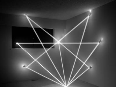 Геометрические световые инсталляции от Джеймса Низама (James Nizam)