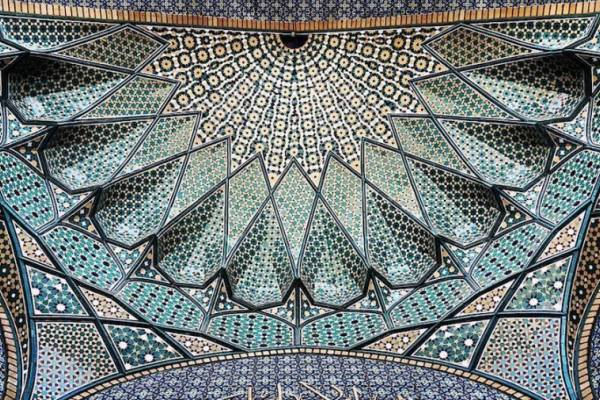 Удивительно красивые потолки иранских мечетей на снимках фотографа Мехрдэда Рэзуифарда (Mehrdad Rasoulifard)