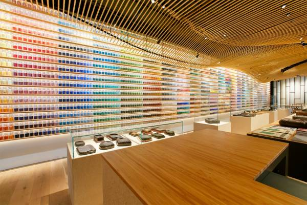 Крупнейший магазин красок в Токио от архитектора Kengo Kuma