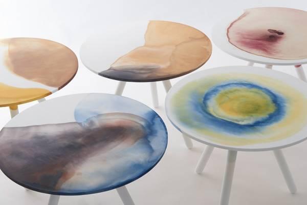 Коллекция столов с необычными рисунками натуральными красками от Takt Project