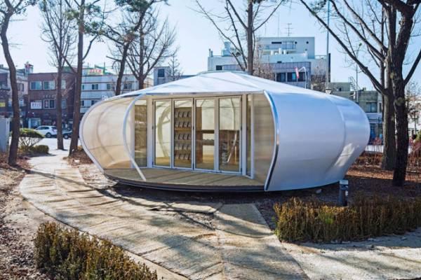 Spacetong (архитектурный воркшоп) создают мини-павильоны для мобильной библиотеки