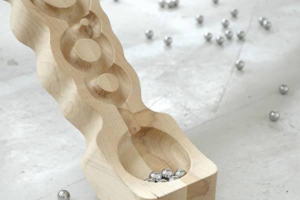 Стол-игрушка от творческого тандема Nathan Wierink и Tineke Beunders
