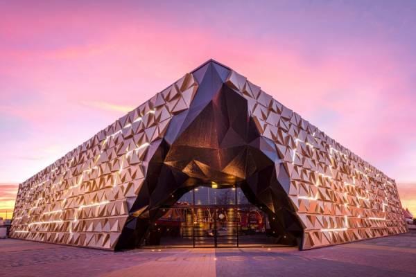 Gold Souk - крупнейший павильон ювелирных изделий в Амстердаме