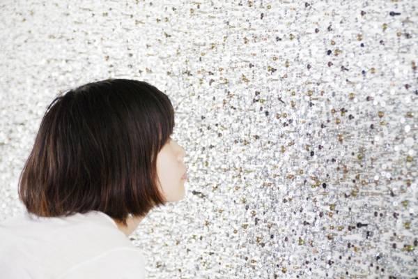 Поиск уникального шурупа в виде смайлика. Арт-проект от дизайнера Юма Кано (Yuma Kano)
