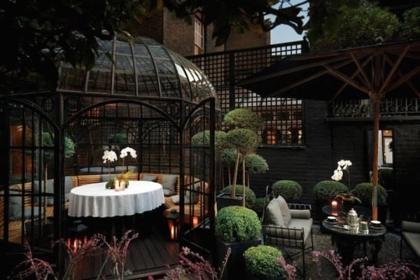 Антонио Куэллар поделился снимками отеля «Блейкс»
