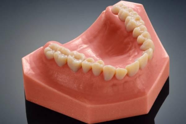 Новый 3D-принтер от Stratasys создает реалистичные модели для стоматологии