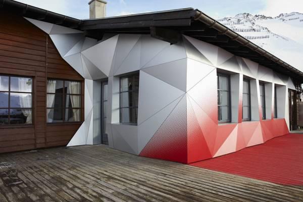 Яркое оформление кафе Quattro Festkogl Alm в Австрии