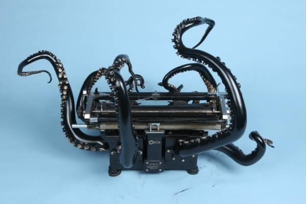 Печатная машинка в виде осьминога от Кортни Браун(Courtney Brown)